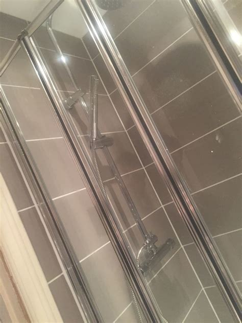 Paul Bernarde: 95% Feedback, Tiler, Bathroom Fitter