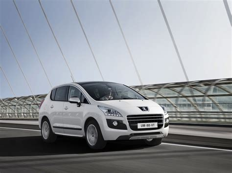 Gambar Mobil Peugeot 3008 by Gambar Peugeot 3008 Hybrid4 2012