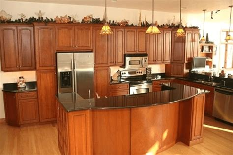 kitchen tile and cabinet combinations how to match kitchen cabinet countertops and flooring