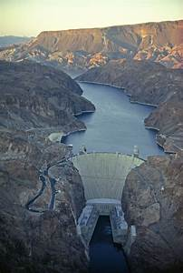 Student Reference Hoover Dam Powers L A National Geographic Society