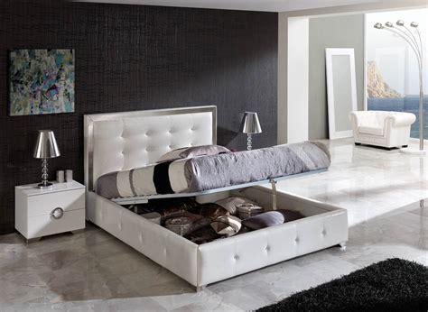 White Bedrooms Furniture  Interior Decorating Accessories
