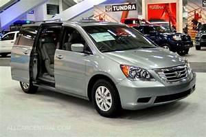 2008 Honda Photographs And Technical Data