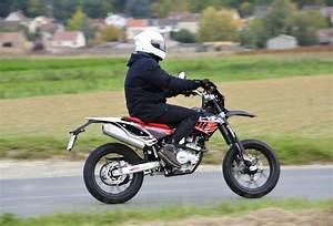 Supermotard 125 Occasion : essai moto supermotard beta rr motard lc 125 ~ Maxctalentgroup.com Avis de Voitures
