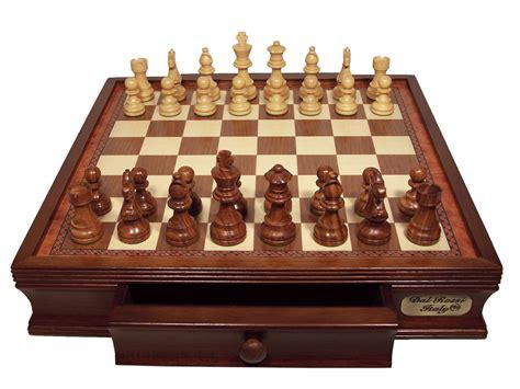 wooden chess set willtofly