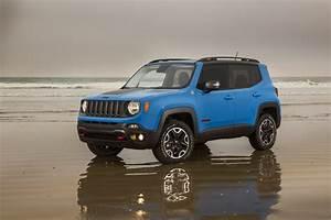 Jeep Renegade Trailhawk : 2015 jeep renegade trailhawk suv 4x4 wallpaper 3000x2000 618836 wallpaperup ~ Medecine-chirurgie-esthetiques.com Avis de Voitures
