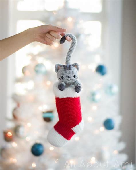 christmas crochet patterns  beginners hative