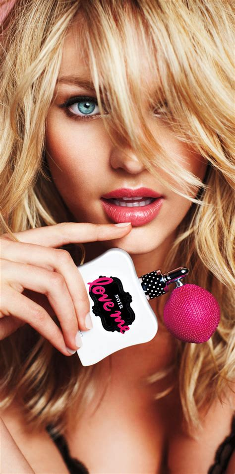 Celebrity Corner: Victoria Secret Pictures