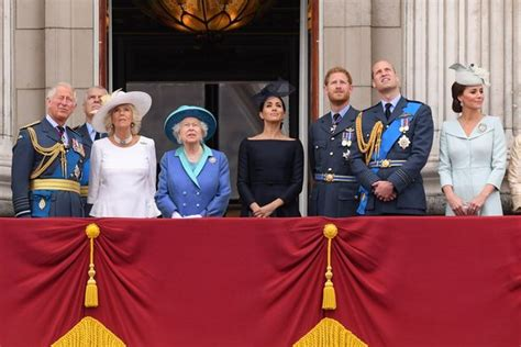 Queen's cutting comments and Meghan Markle drama - biggest ...