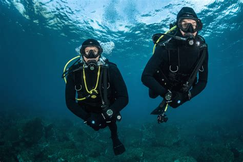 awesome scuba diving tips  beginners  adventure
