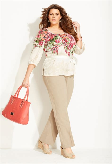 Professional plus size outfits 5 top - curvyoutfits.com