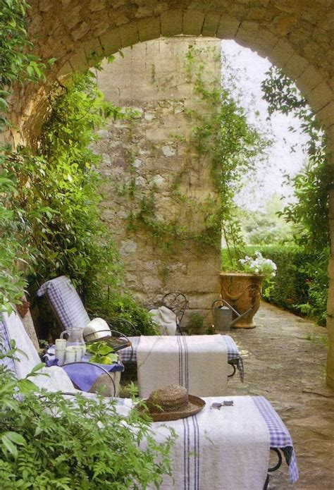 courtyard gardens she moves the furniture courtyard gardens