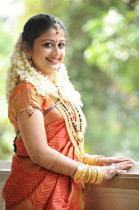 simple kerala hindu bridal makeup saubhaya makeup