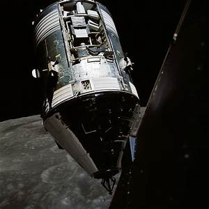 spacecraft - What is this on the craft from the Apollo 17 ...