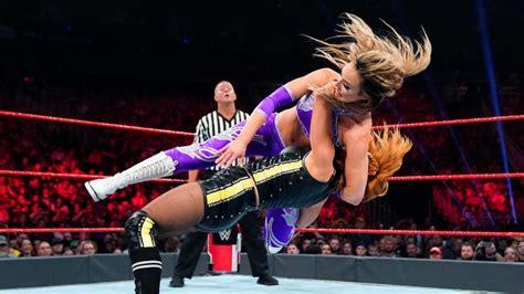 becky lynch estreia novo finisher  wwe raw wrestling pt