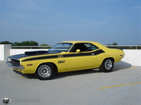 Dodge Challenger Ta Photos News Reviews Specs Car