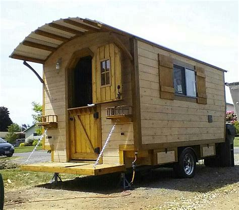cabin on wheels the rustic cabin on wheels tiny house