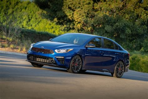 kia forte gt 2020 2020 kia forte gt shows its two flavors at sema carscoops