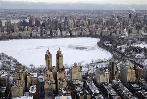 Worst Apartment In Manhattan by Hudson River Freezes As Manhattan Is Encased In Worst