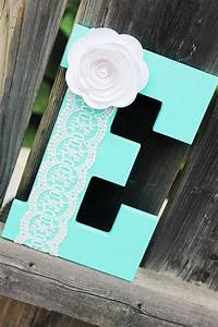 20 pretty diy decorative letter ideas tutorials for Letter e room decor