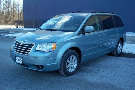 chrysler town country overview cargurus