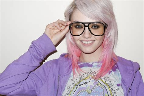 Cool Fashion Hunting Inspiration Pink Hair