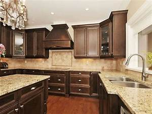 17 best ideas about brown cabinets kitchen on pinterest With cream and brown kitchen designs