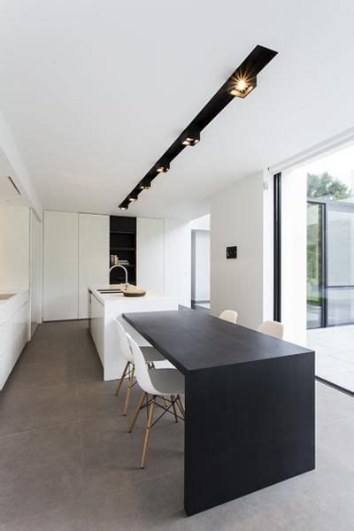 Luxe Keukens Antwerpen by Luxe Keuken Met Kookeiland En Tafel Eiland Keukens