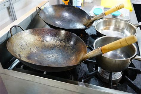 anodized cookware dangers leaftv