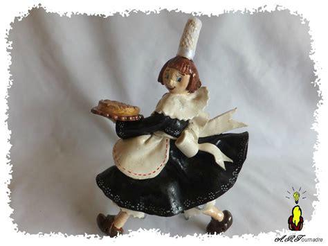 sculpture pate d amande sculpture modelage de haut relief un breton pour le salon id creatives les passions