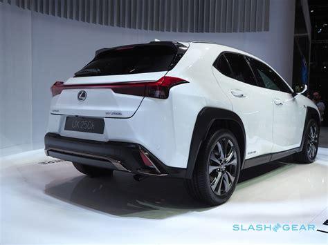 2019 Lexus Ux Crossover Gives New Hybrid An Urban Edge