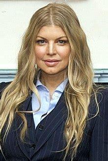 Fergie (chanteuse) — Wikipédia