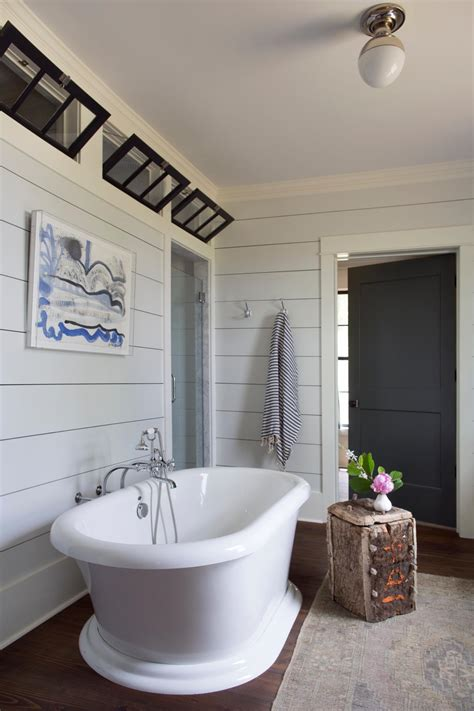 shiplap   room   home hgtvs