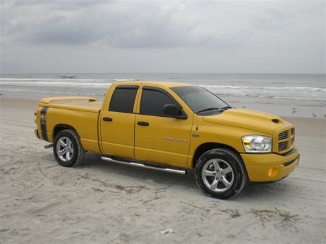 Dodge Ram 1500 Quad Cab Sport Photos And Comments Www