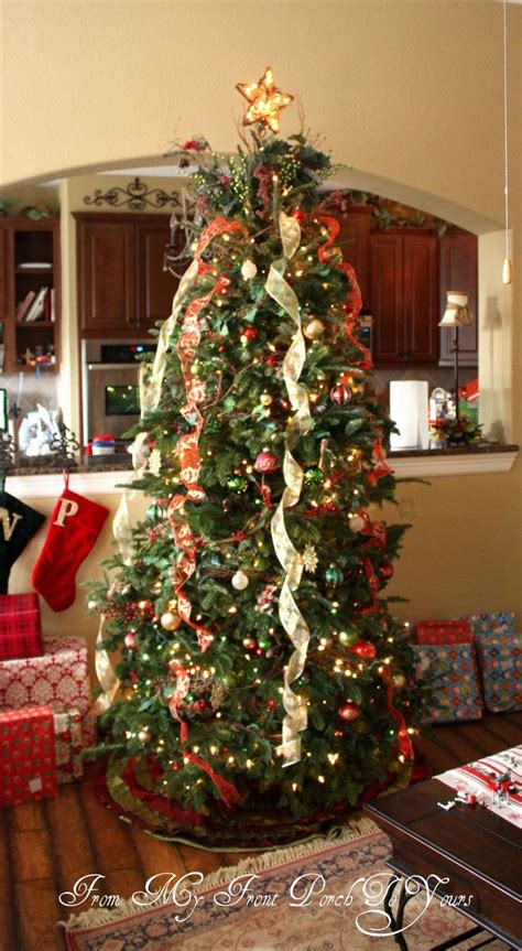 vertical ribbon on christmas tree 25 best ideas about ribbon on tree on