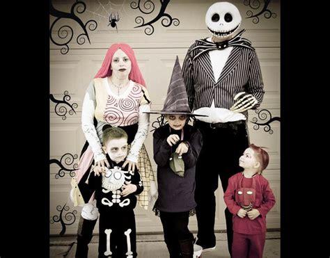 brilliant ideas  family costumes   blow