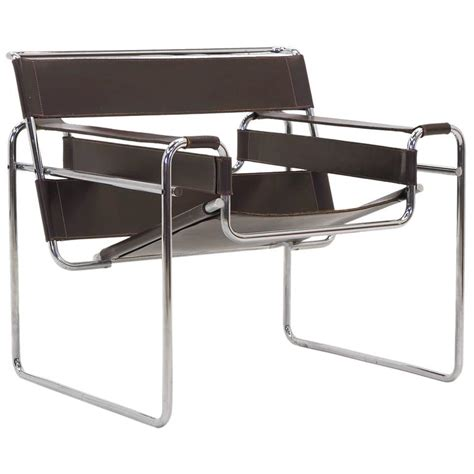 chaise marcel breuer early original knoll gavina wassily chair by marcel breuer in brown leather for sale at 1stdibs