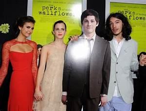 Emma Watson Nina Dobrev Photos Photos - 'The Perks of ...