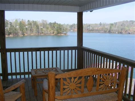 The water and mountains at smith moutain lake seem to have an irresistible draw. House vacation rental in Lewis Smith Lake from VRBO.com! # ...