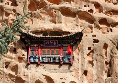 mati temple zhangye zhangye attraction