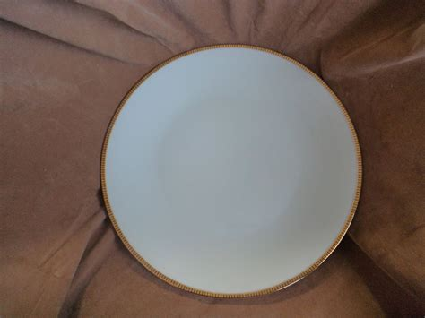 seltmann bavaria crescent dinner plate white gold black