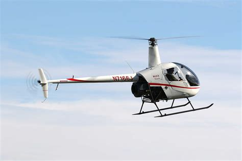 HeliTrak demos new R22 safety devices - FLYER