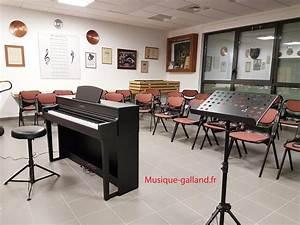 Yamaha Clp 535 B : pianos num riques en noir satin ou noir mat ~ Kayakingforconservation.com Haus und Dekorationen