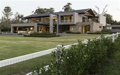 Contemporary House In Blair Athol, South Africa