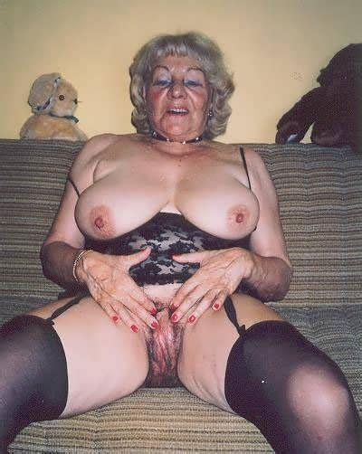 Xxx Old Lesbian