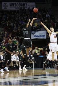 Maryland ends Warriors' NCAA run in second round, 73-60 ...