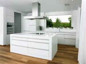 küchen modern weiß küche weiss modern bilder küche kitchens and interiors - Küche Weiß
