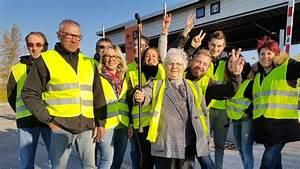 Gilet Jaune En Vendee : les r actions des gilets jaunes en direct des blocages dans l 39 ouest de l 39 occitanie ~ Medecine-chirurgie-esthetiques.com Avis de Voitures