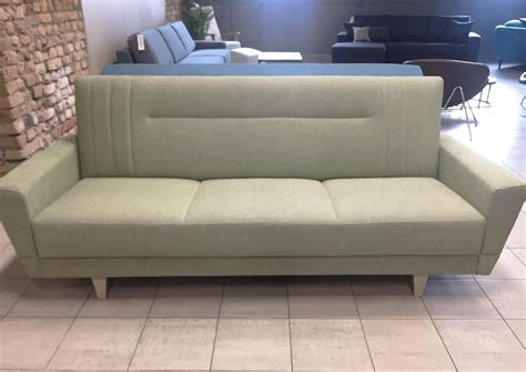 Izvelkams dīvān... - tagad pieejams - http://gudras.lv ...