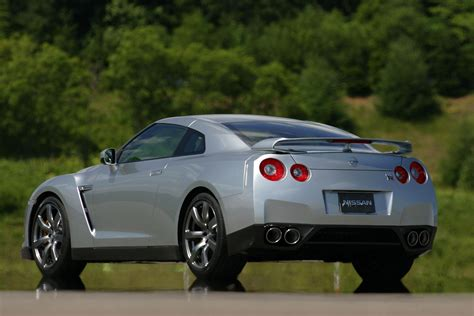 2009 Sports Car by Nissan Gt R Voted Performance Car Of The Year At What Car