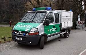 Polizei Auto Kaufen : hundetransporter der polizei foto bild autos zweir der feuerwehr polizeifahrzeuge ~ Yasmunasinghe.com Haus und Dekorationen